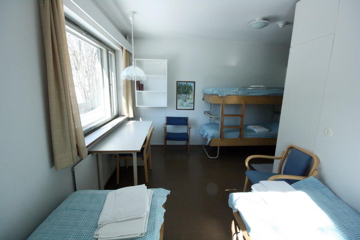 Huone neljälle